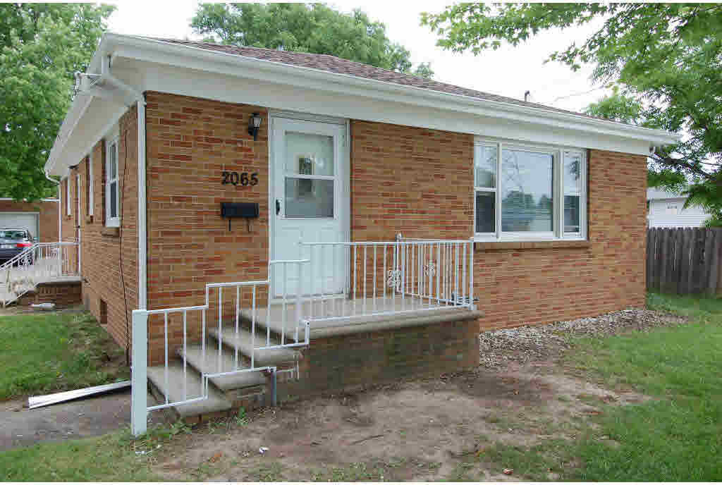2065 University Ave, Green Bay, WI 54302