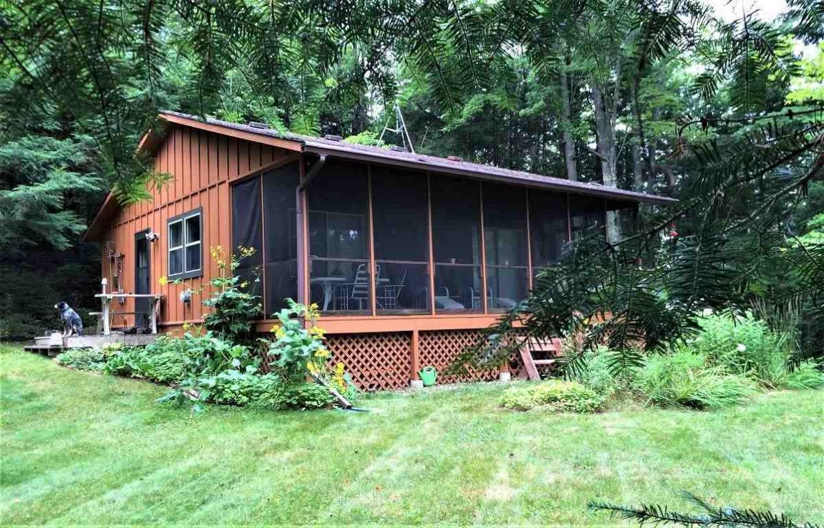 13540 Mccomb Lake Rd, Mountain, WI 54149