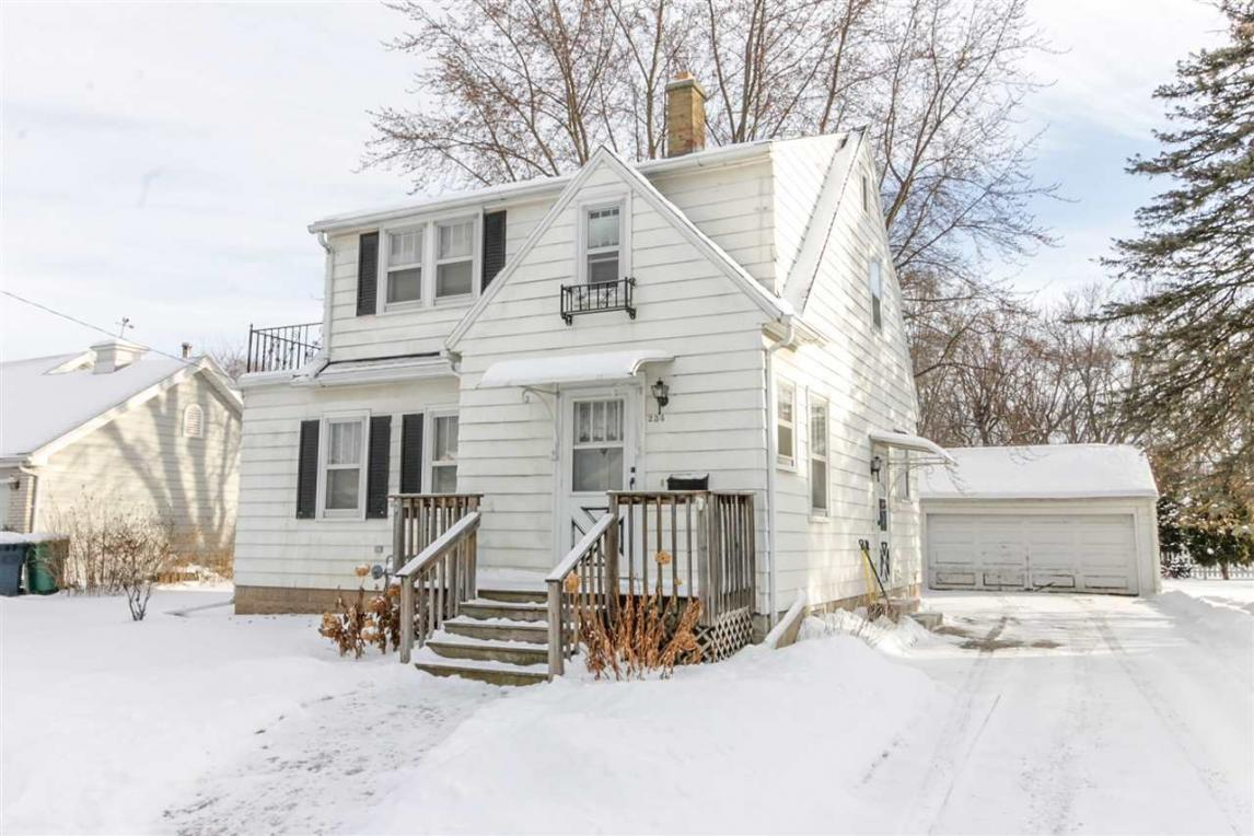 234 Ledgeview, Fond Du Lac, WI 54935