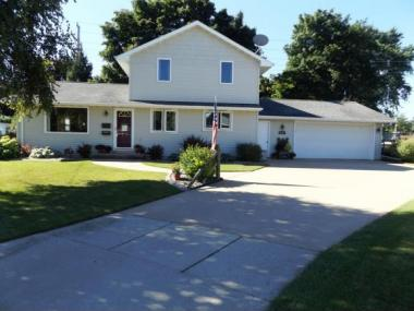 1031 W Whittier Dr, Appleton City Of, WI 54914