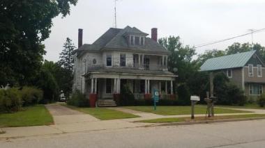 205 W Main St, Weyauwega City Of, WI 54983