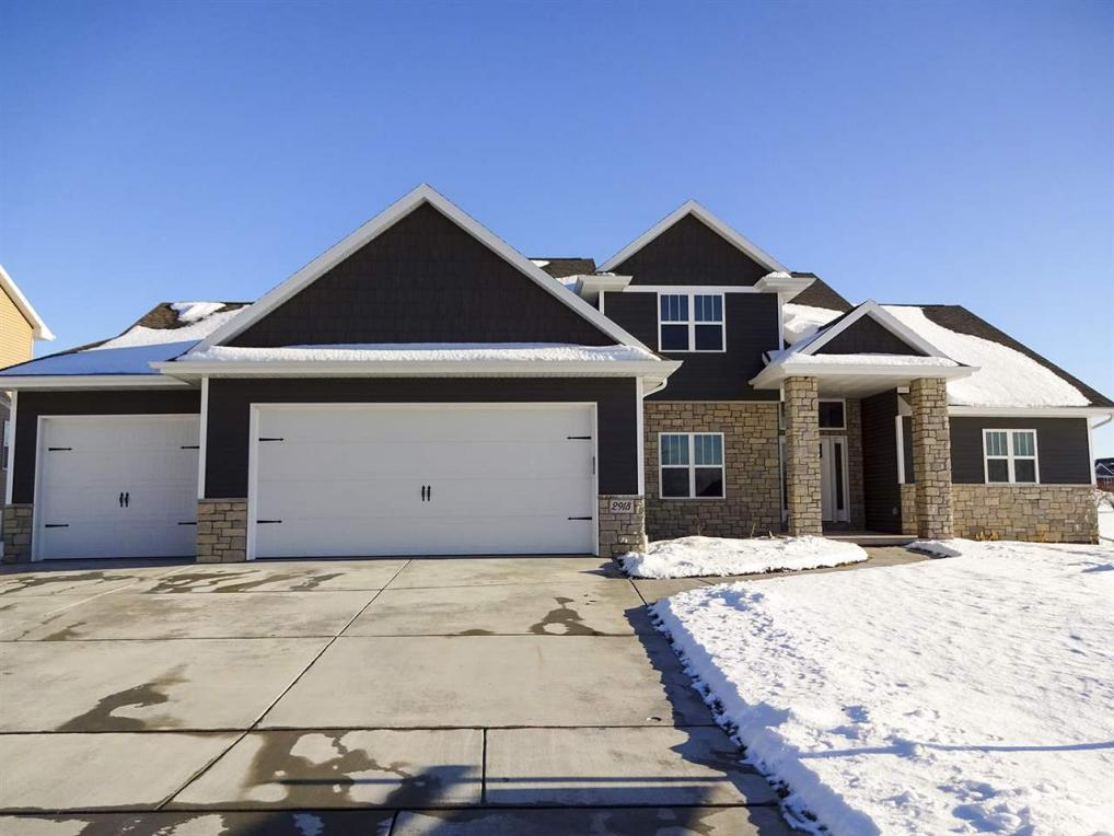 2918 Grand Cypress, Green Bay, WI 54311