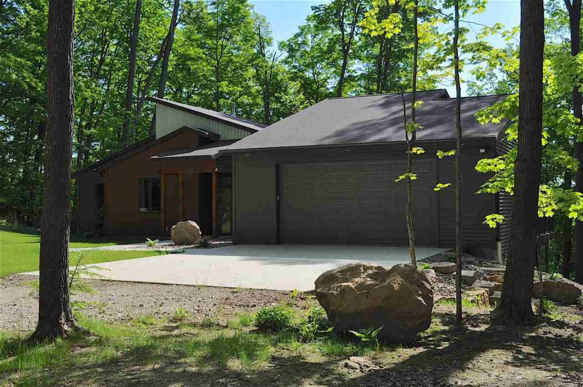 9368 N Kelly Lake, Suring, WI 54174