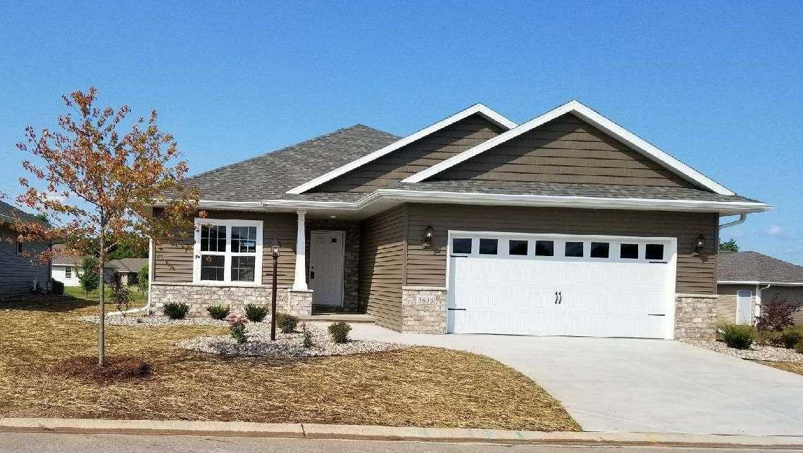 3835 Shore Crest, Green Bay, WI 54311