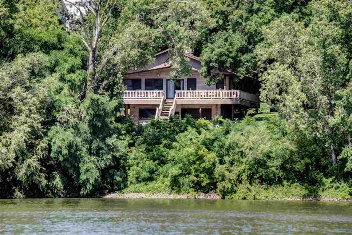 531 Hickory, Wrightstown, WI 54180