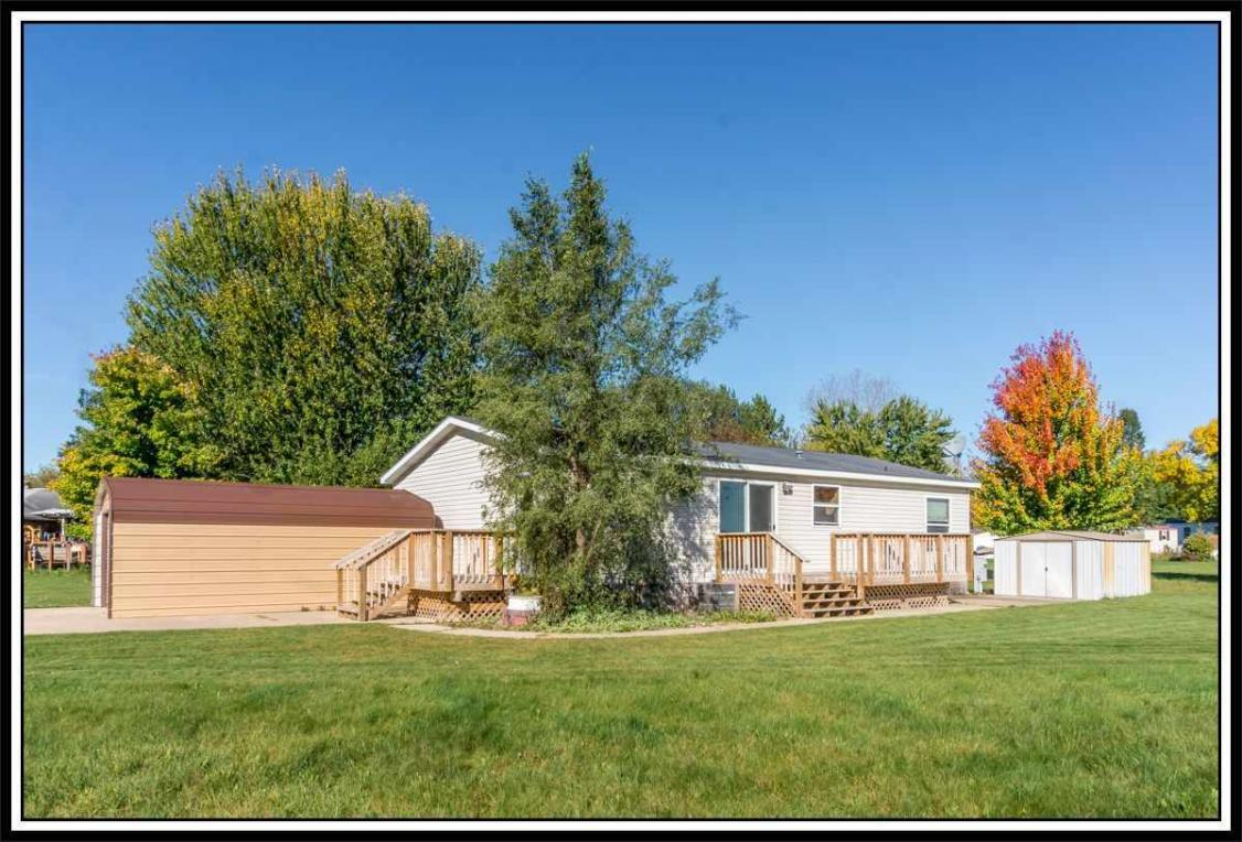 10 Ginger Trace, Clintonville, WI 54929
