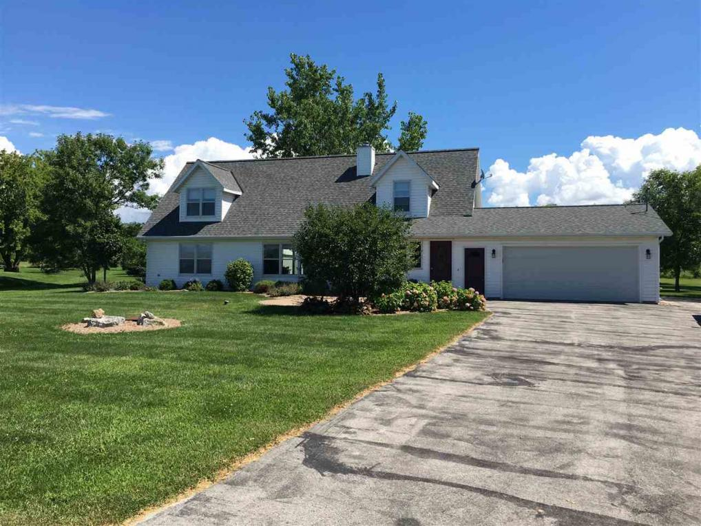 1126 S Bay Shore, Brussels, WI 54204