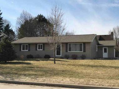 701 S Goldenrod Dr, Grand Chute Town Of, WI 54914
