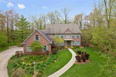 Photo of 2537 Wyndrush Dr, Suamico, WI 54173