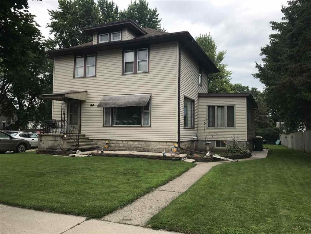 23 S Lincoln Ave, Fond Du Lac, WI 54935