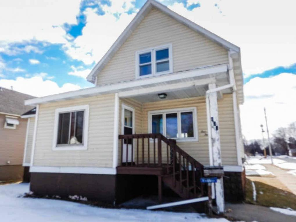 437 Terrace Ave, Marinette, WI 54143