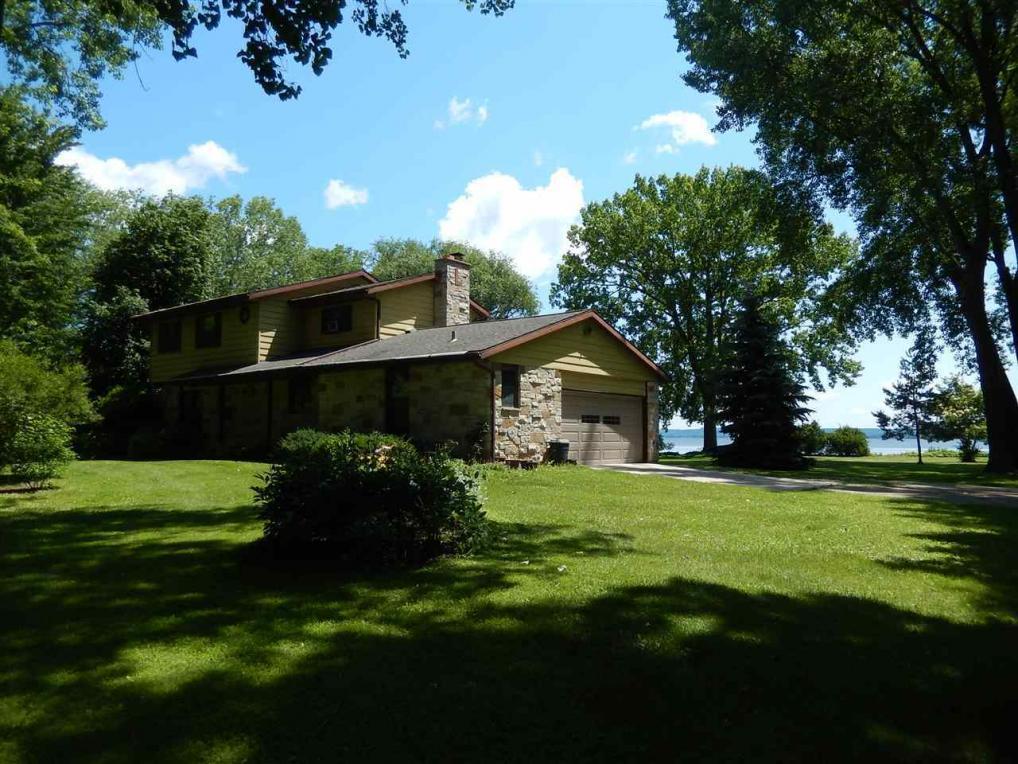 N7497 Lakeshore, Fond Du Lac, WI 54937