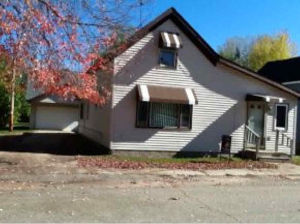 259 Thackery St, Redgranite, WI 54970