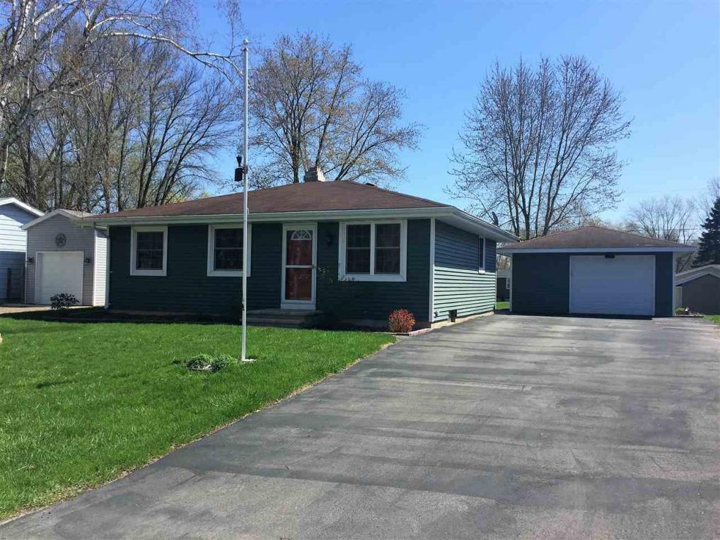242 S Washington, Berlin, WI 54923