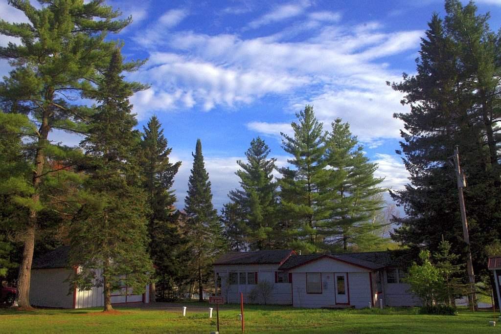 W8413 Birch, Crivitz, WI 54114