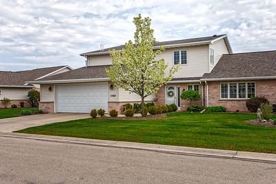 1560 River Pines #D, Green Bay, WI 54311