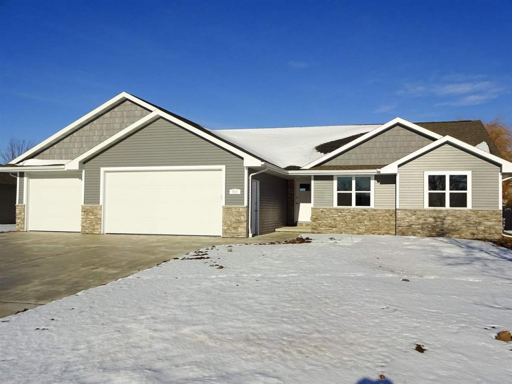 111 Norman, Wrightstown, WI 54180