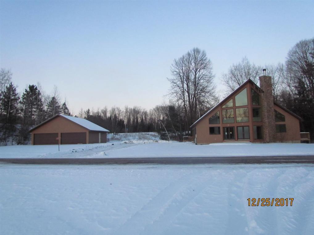 15762 E Chain Lake, Lakewood, WI 54138