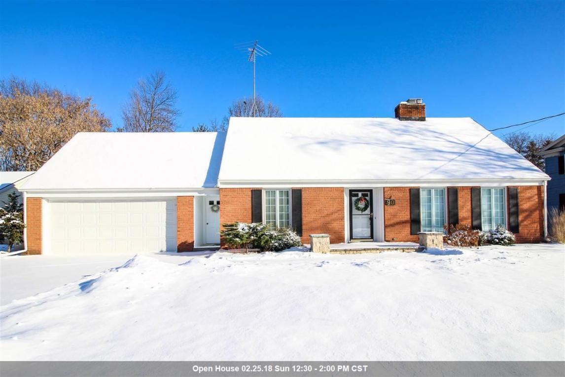 90 Estherbrook, Appleton, WI 54915