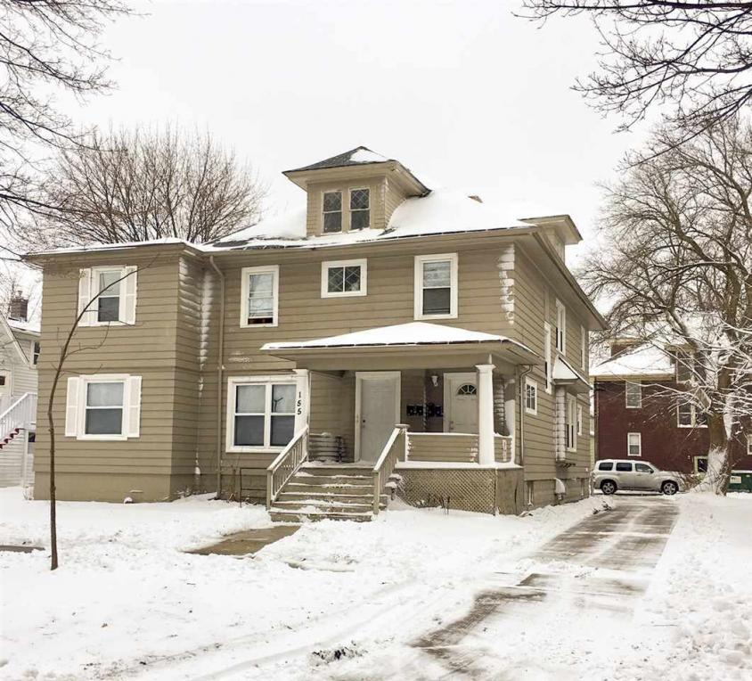 155 N Maple, Green Bay, WI 54303