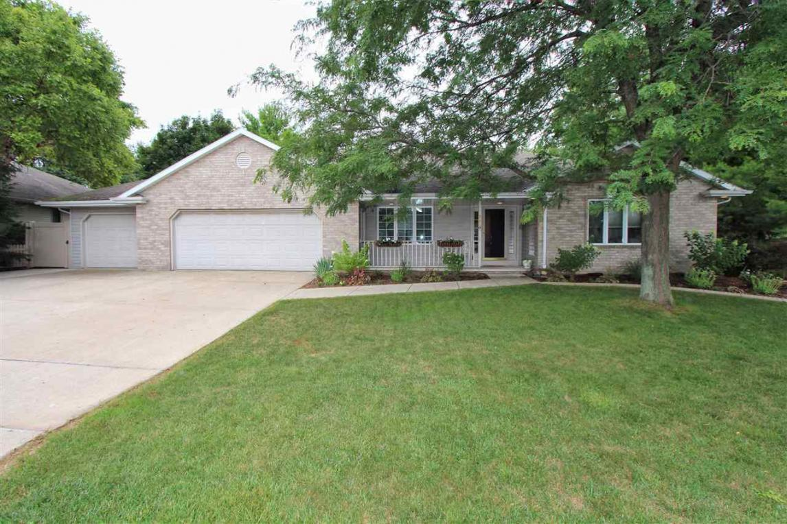 2960 Thunderbyrd, Green Bay, WI 54913