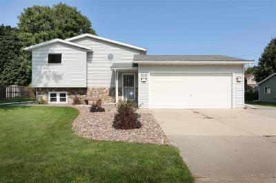 Photo of 712 Park, Wrightstown, WI 54180