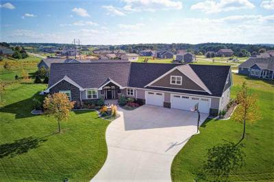 Photo of 2576 Harvest Moon, Green Bay, WI 54311
