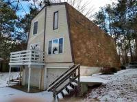 2040 Southland, New London, WI 54961
