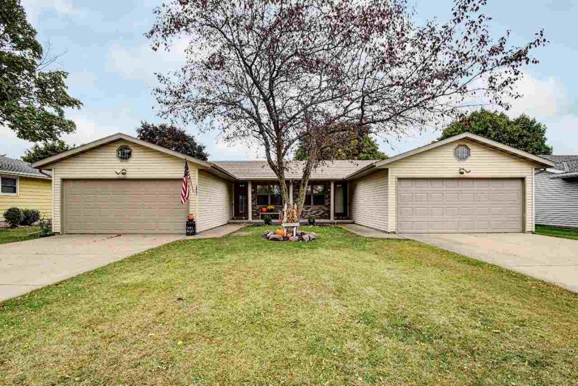 1861 St Agnes, Green Bay, WI 54304