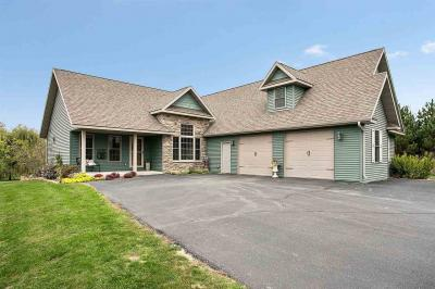 Photo of 1021 Tanglewood, Little Suamico, WI 54141