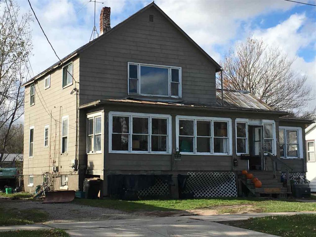 217 Erie, Oconto, WI 54153