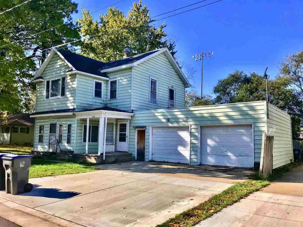 173 Center, Berlin, WI 54923