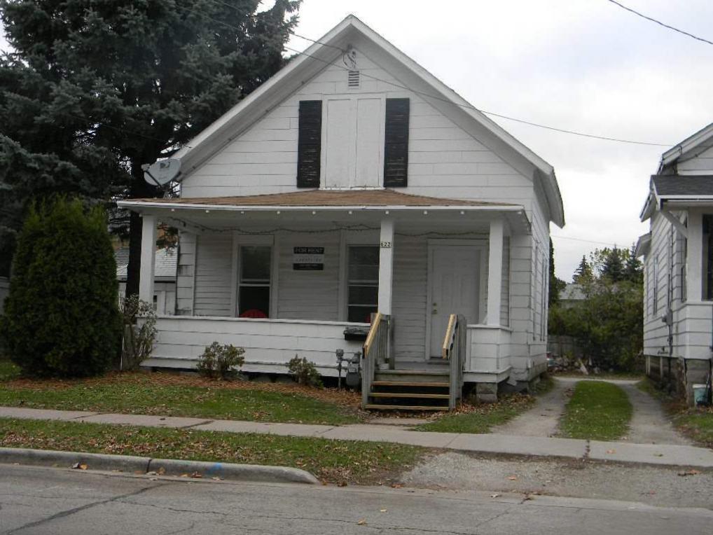 614 Scott, Oshkosh, WI 54901