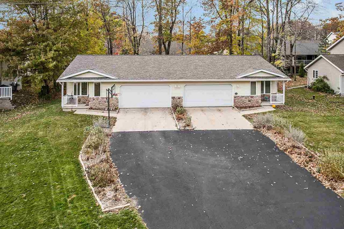 3657 S Timber, Suamico, WI 54173