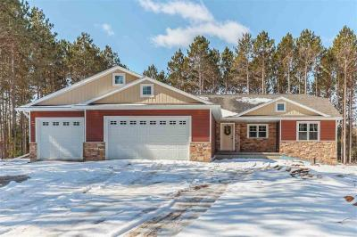Photo of 877 Maple Leaf, Little Suamico, WI 54141