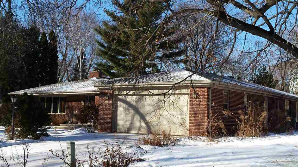 2602 Beaumont, Green Bay, WI 54301