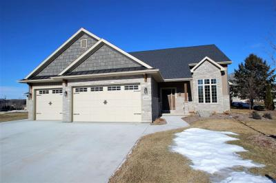 Photo of 4030 Frobisher Fields, Hobart, WI 54155