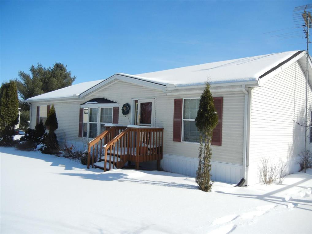 2860 3rd, Oxford, WI 53952