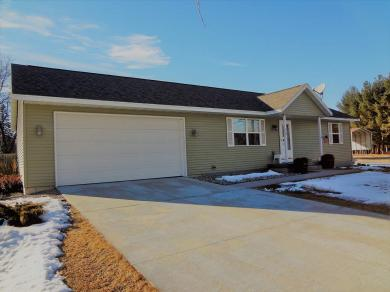 119 N Madison, Coloma, WI 54930