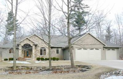 Photo of 5906 Havenwood Hills, Little Suamico, WI 54141
