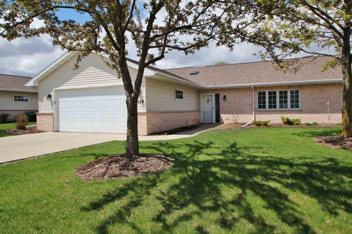 1519 River Pines, Green Bay, WI 54311