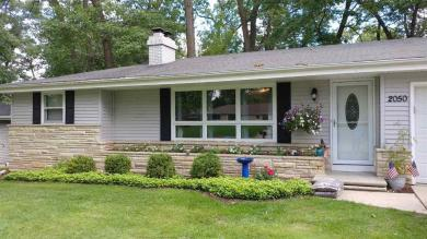 2050 West Point, Green Bay, WI 54304