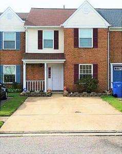303 Amherst Court, Chesapeake, VA 23320