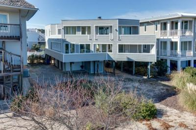 Photo of 7802 Ocean Front Avenue, Virginia Beach, VA 23451