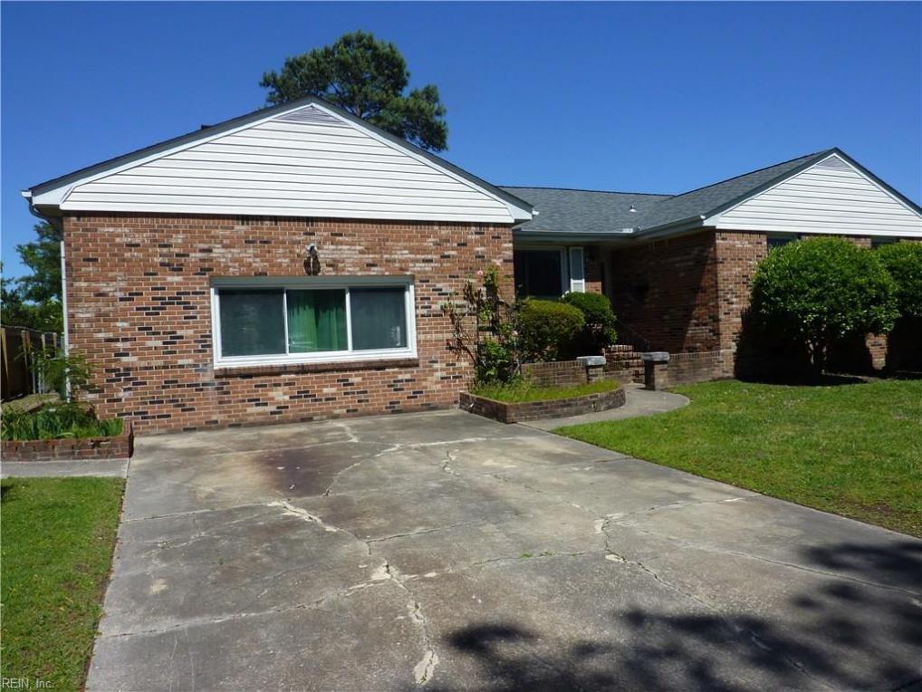 3746 Brennan Avenue, Norfolk, VA 23502