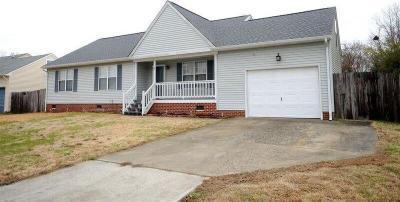 Photo of 328 Belle Ridge Court, Chesapeake, VA 23322