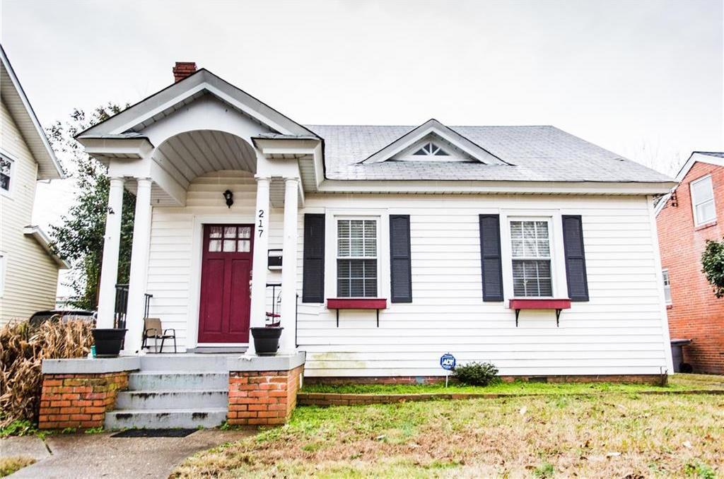 217 Pocahontas Place, Hampton, VA 23661