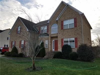 Photo of 404 Fall Ridge Lane, Chesapeake, VA 23322
