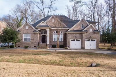 Photo of 541 Old Oak Grove Road, Chesapeake, VA 23320