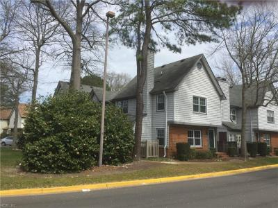 Photo of 928 Saint Andrews Reach #D, Chesapeake, VA 23320